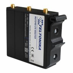 Beispielansicht des TELTONIKA PR5MEC11 an einem RUT240 Router