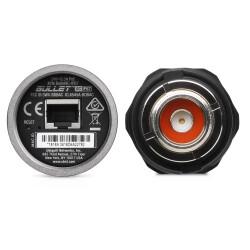 N-Stecker und Ethernet Port an der BulletAC-IP67
