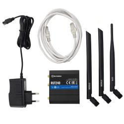 Lieferumfang: RUT240 Router, LTE Antenne, WLAN Antenne, Netzteil